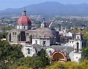 The cathedral in Cuernavaca - photos courtesy of Universidad Interncional