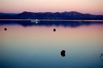 Sunset in SantÁntioco lagoon, Sardinia. photos by Angela Corrias.