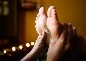 Ayurvedic foot massage in Sri Lanka