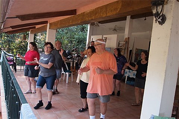 Salsa dancing lesson at Casa de los Artistas, Boca de Tomaltan, Mexico. Max Hartshorne photos.