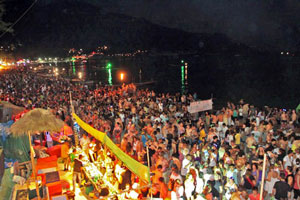 Full-Moon-Party-Haad-Rin-Ko-Pha-Ngan-Thailand-41