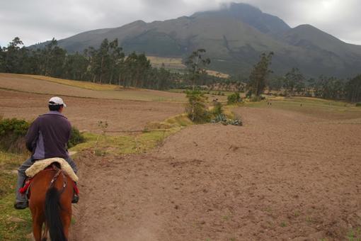 Riding toward a volcano in Otavalo, Ecuador. Photos by Max Hartshorne.
