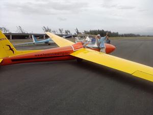 Honolulu Soaring glider.