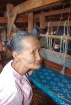 silk-weaver