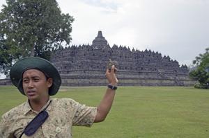 Guide in Borobudur