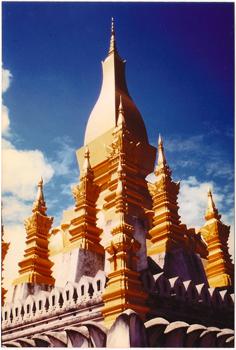 laos-wat-spire