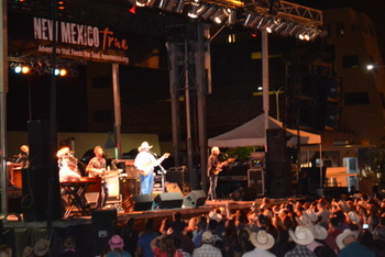 Las Cruces Country Music Festival draws a crowd