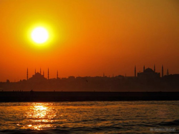 Sunset over Istanbul, Turkey. Davide Vadala photos.