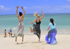 Fun on Kailua Beach, on Oahu, Hawaii. photos by Patti Morrow.