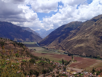 Overlook from Cusco to Pisac, Peru. Heidi Siefkas photos.