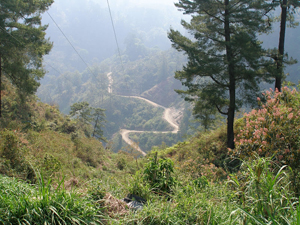 The windy dirt road from Huitzilan.