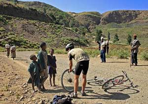 Another limp tire - Changing a flat in Ethiopia