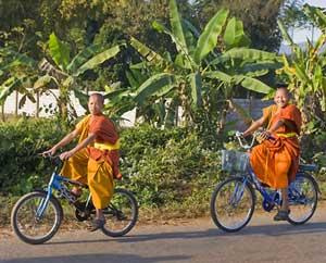 Cycling Laos: On the way to Oudomxai - photos by Matthew Kadey