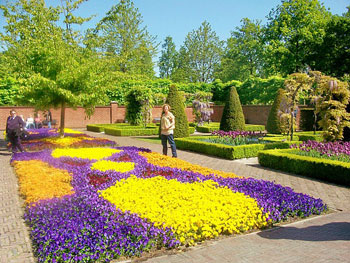 Keukenhoff, world's largest garden, where seven million bulbs are planted each spring.