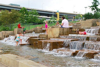North Shore fountains offer a place to cool off next to the trails.