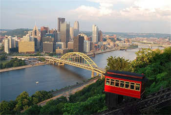 The beautiful Pittsburgh skyline, where three rivers meet. photos by Sony Stark.
