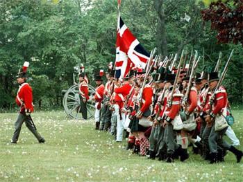 Soldier reenactors in Toronto in War of 1812 uniforms. photo: toronto.ca