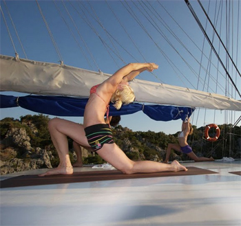 Yoga Cruises feature new age speakers and lots of yoga, along with vegetarian food options.