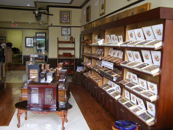 El Credito cigar shop and factory.