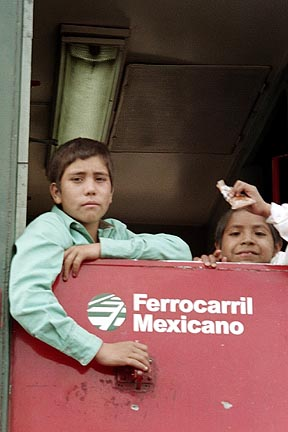 Kids on the train in Copper Canyon. (photo: Marie Javins)