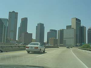Driving into Dallas: the author found places to walk (!). photos by Sony Stark