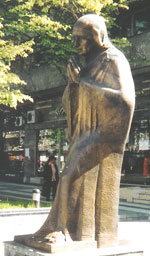 A statue of Mother Theresa in downtown Skopje