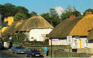 The thatched cottages of the Village of Adare - photo courtesy of Tonoguchi.web