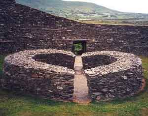 Cahergall, one of the ring forts in Kerry - photo courtesy of SpiritedIreland.net