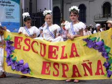 Schoolchildren from all over Costa Rica join in the Independence Day Parade