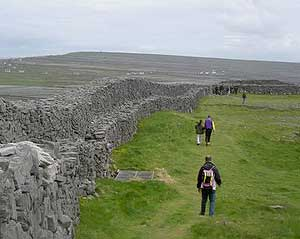 The fortifications at Dun Aenghus