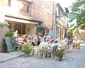 An outdoor cafe in Valdemossa
