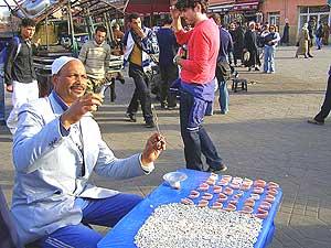 A street dentist
