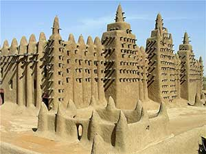 The world's largest mud mosque