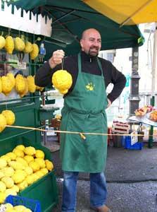 Lemon vendor in Sirmione on Lake Garda