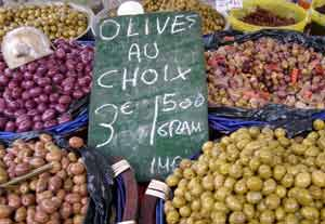Olives for sale in Nyon