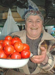 Tbilisi vendor, golden smile