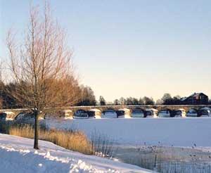 The historic stone bridge over the Klarälven river
