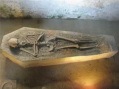Now I Lay Me Down to Sleep - human remains at the museum in Antigua