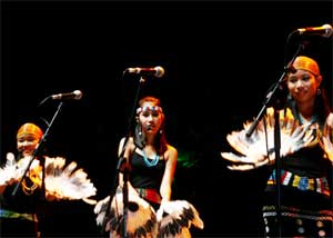 Sarawak dancers