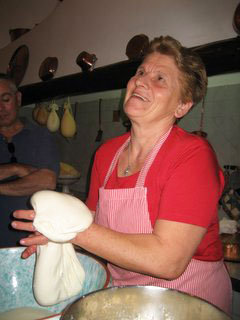 Mamma Rosa's mozzorella-making demonstration