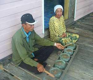 Haji Suladong and his wife
