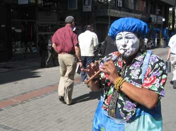 Mr. Antonio the Payaso on Peatonal Sarandi - photos by Dominic Degrazier