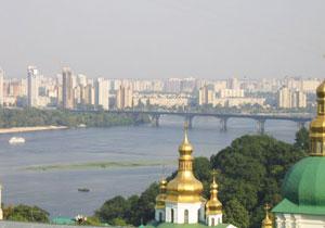 The Paton Bridge over the Dnepr River - photos by Olga Volobuyeva
