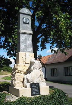 Memorial to local villagers who died in World War II