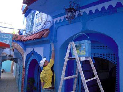Painting the town blue in Chefchaouen, Morocco. Photo by Ann Banks.