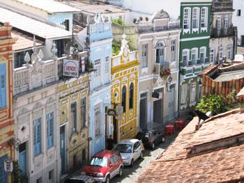 The colorful houses in Pelourinho