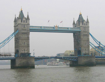 For seven pounds, you can see the upper level walkways and the engine rooms of Tower Bridge. Photos by Olga Volobuyeva