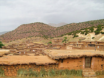 Mud brick houses in Bougomez. Photos by Ann Banks