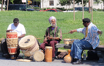 African men drumming in the South Bronx. Photos by Daniel Reynolds Riveiro
