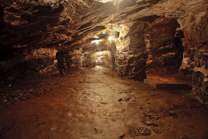 Mine in Minas Gerais, Brazil. photo by Paul Shoul.
